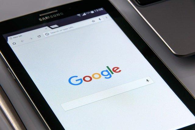 """Google bude řadit podle """"mobile first"""""""