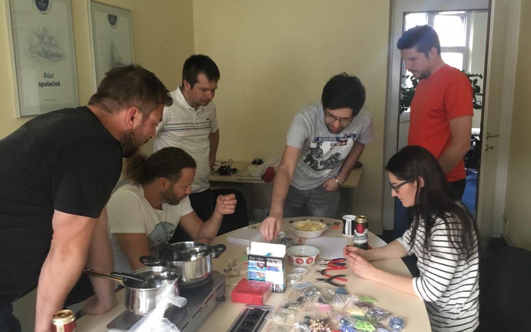 Jak jsme se dali na ruční práce aneb náš jarní teambuilding
